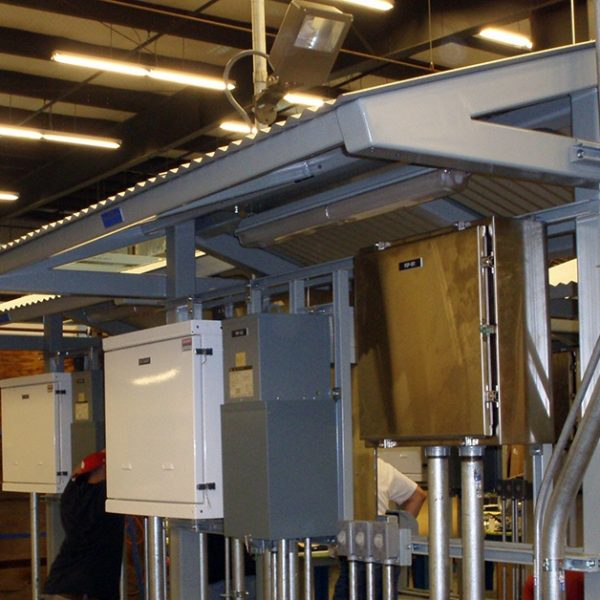 SOLAR_POWERED_POWER_RACK_FOR_OIL_AND_GAS_APPLICATION-INDUSTRIAL_CONTROL_PANELS_1